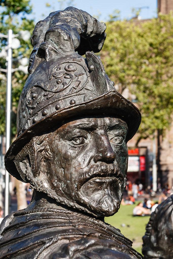 Portrait von Bronzesoldat